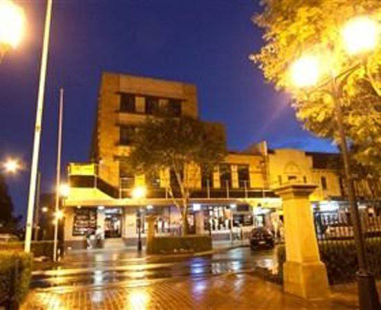 Amaroo Hotel - Palm Beach Accommodation