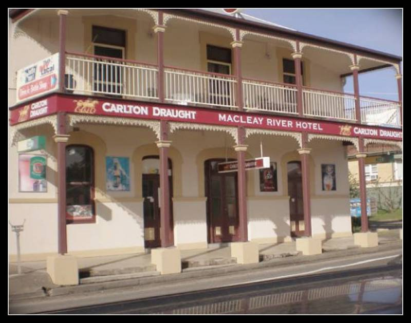 Macleay River Hotel - Palm Beach Accommodation
