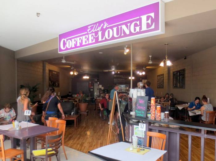 Ellys Coffee Lounge - Palm Beach Accommodation