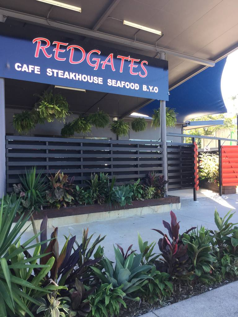 Redgates Caf Steakhouse Seafood - Palm Beach Accommodation
