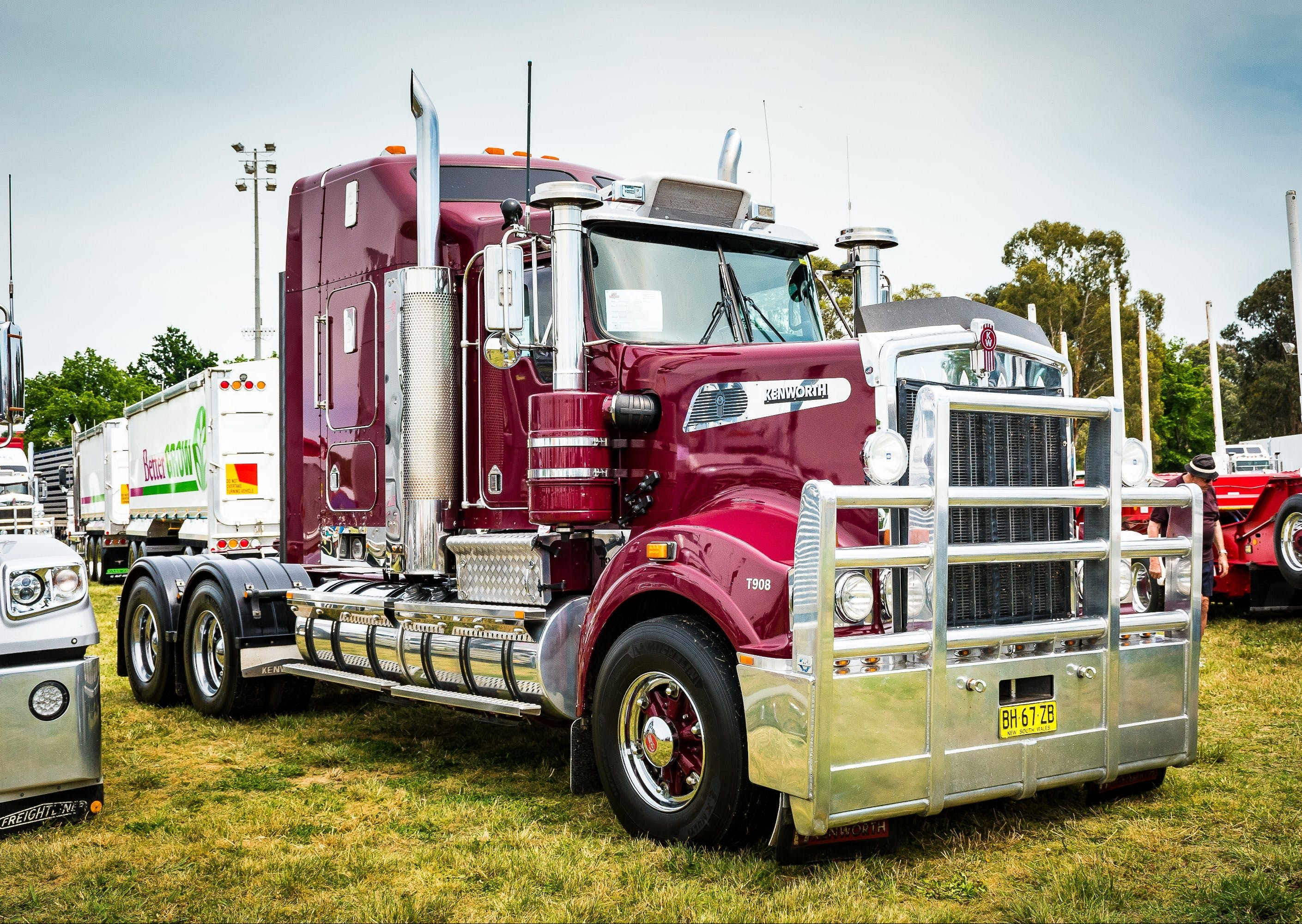 Dane Ballinger Memorial Truck Show - Palm Beach Accommodation