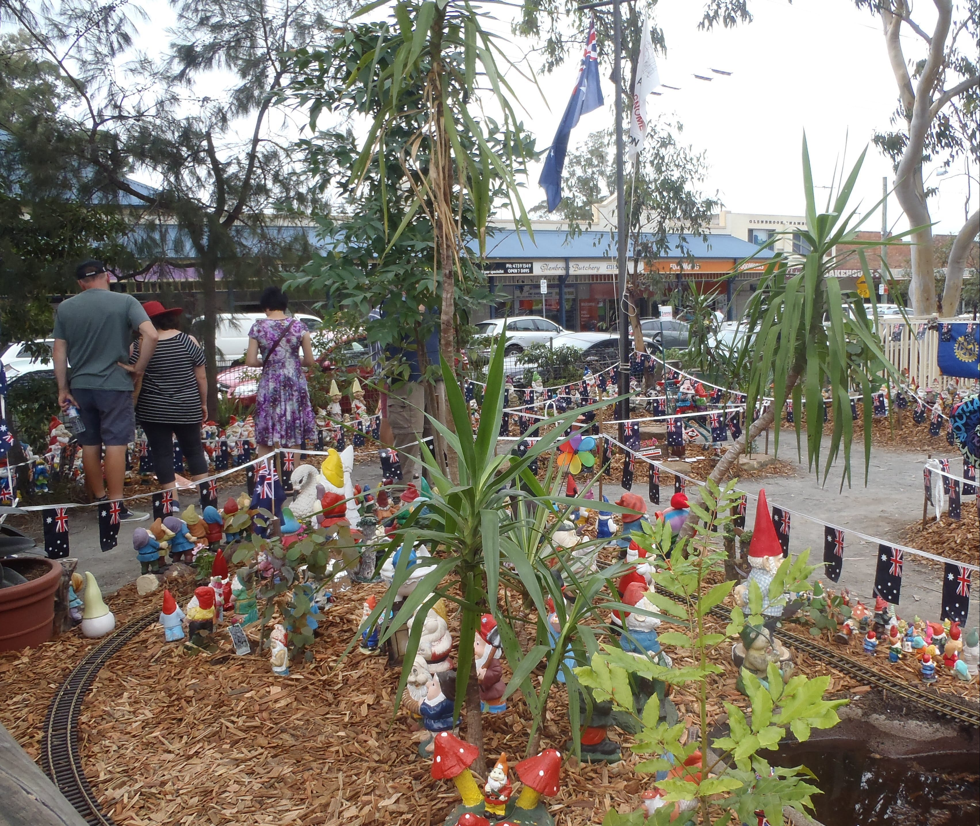 Australia Day with the Australian Gnome Convention Glenbrook - Palm Beach Accommodation