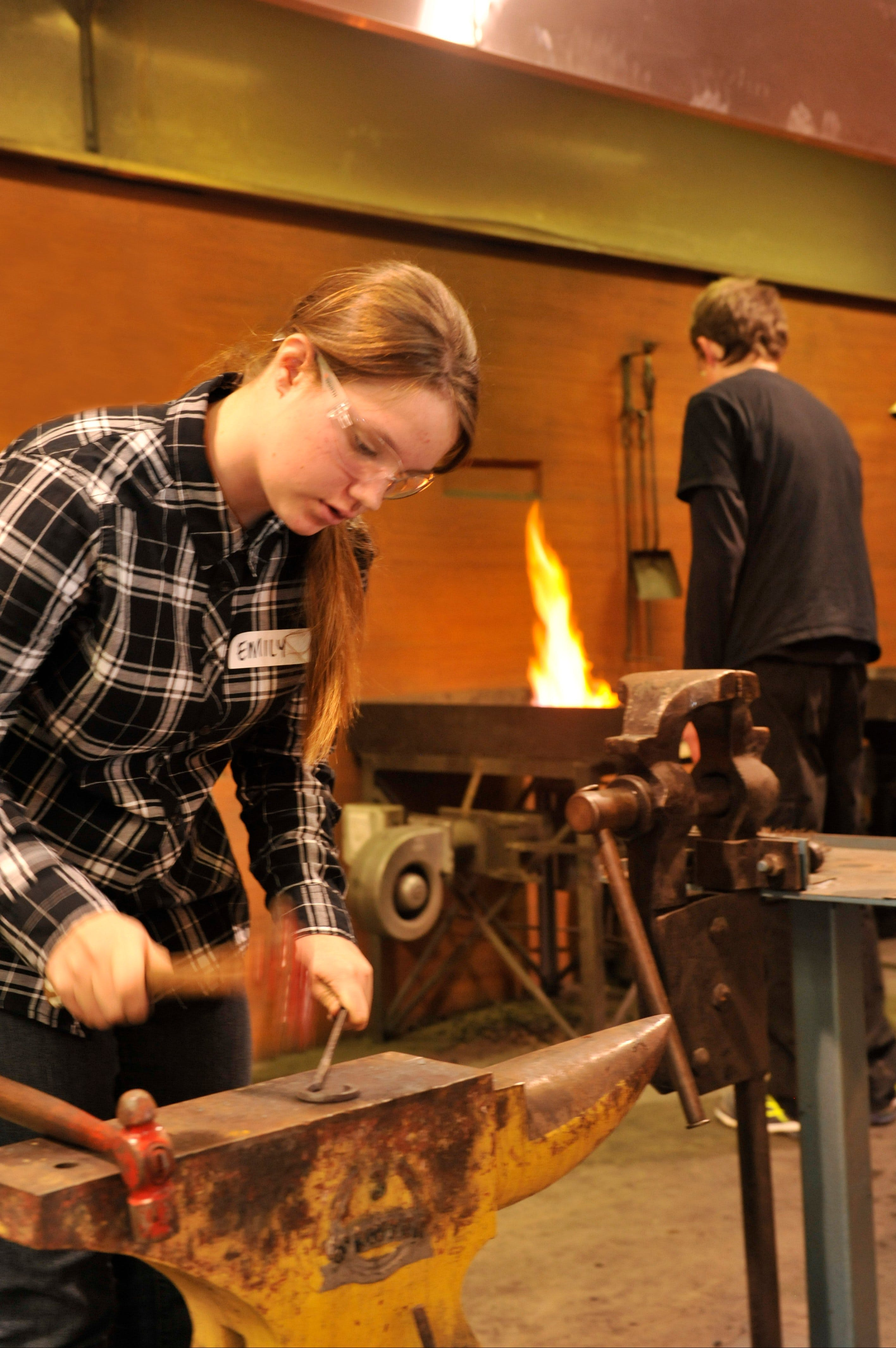 Blacksmithing Teen Workshop - Palm Beach Accommodation