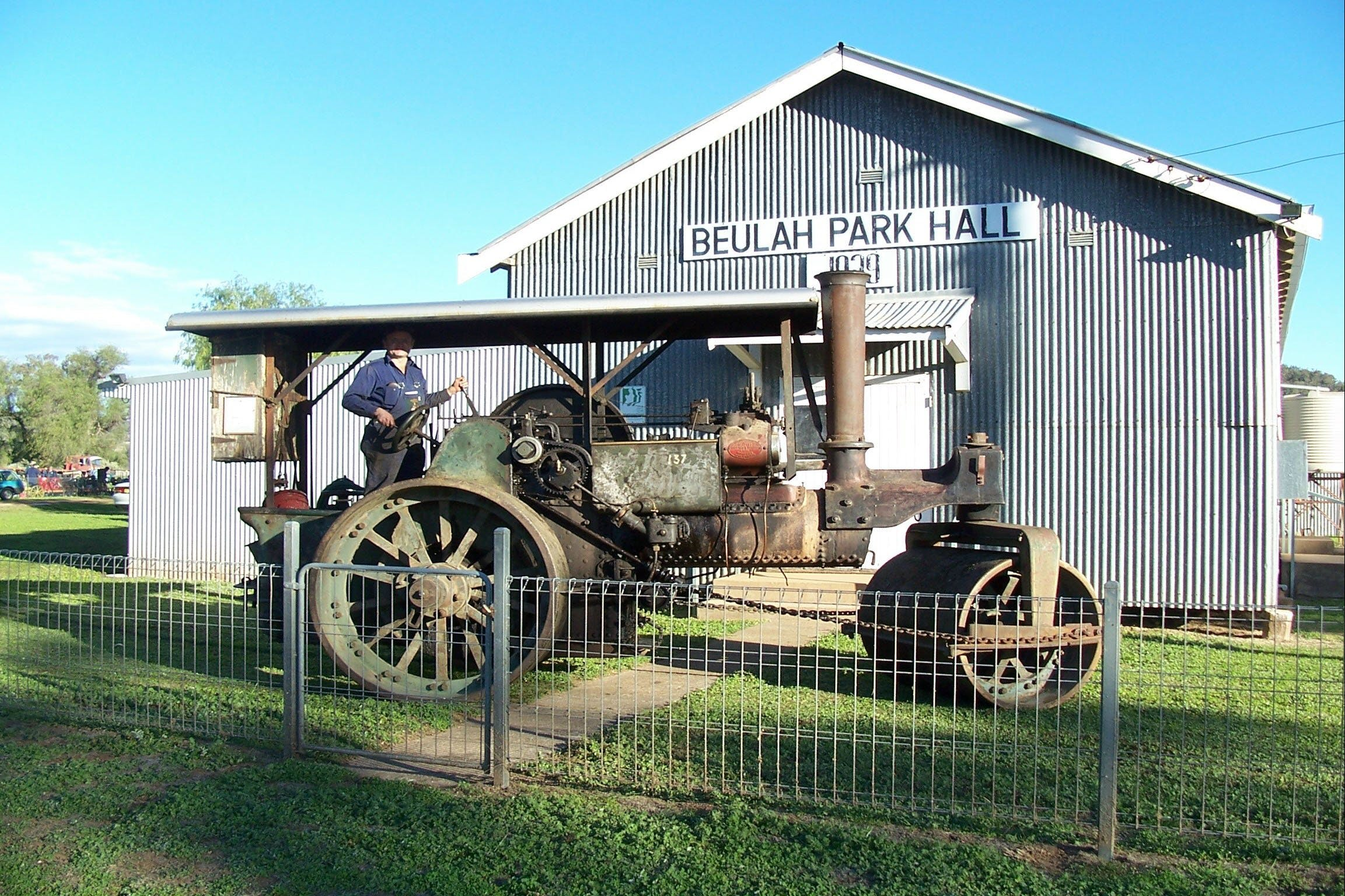 Eulah Creek Antique and Machinery Day - Palm Beach Accommodation