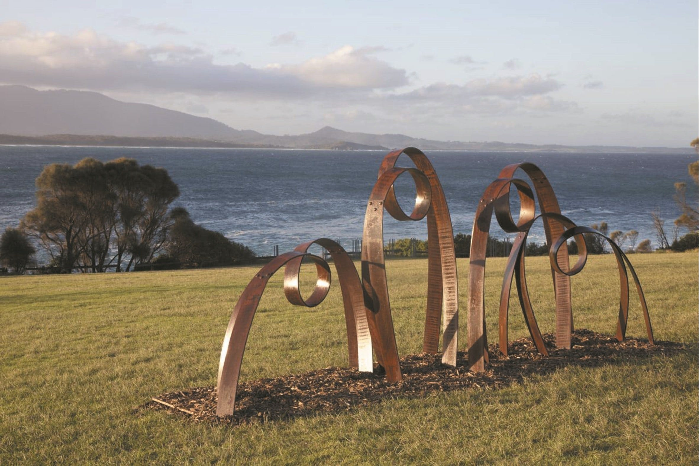Sculpture Bermagui - Palm Beach Accommodation
