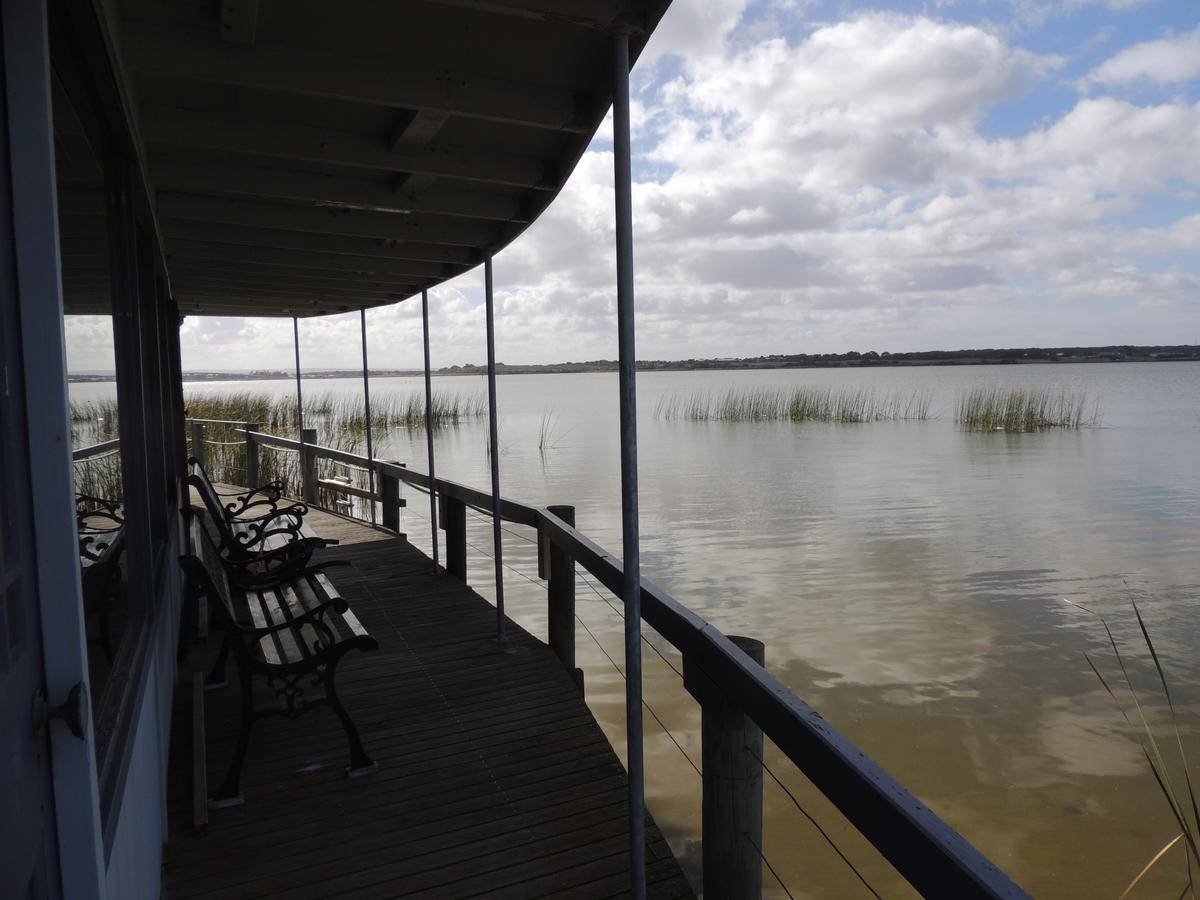 PS Federal Retreat Paddle Steamer Goolwa - Palm Beach Accommodation