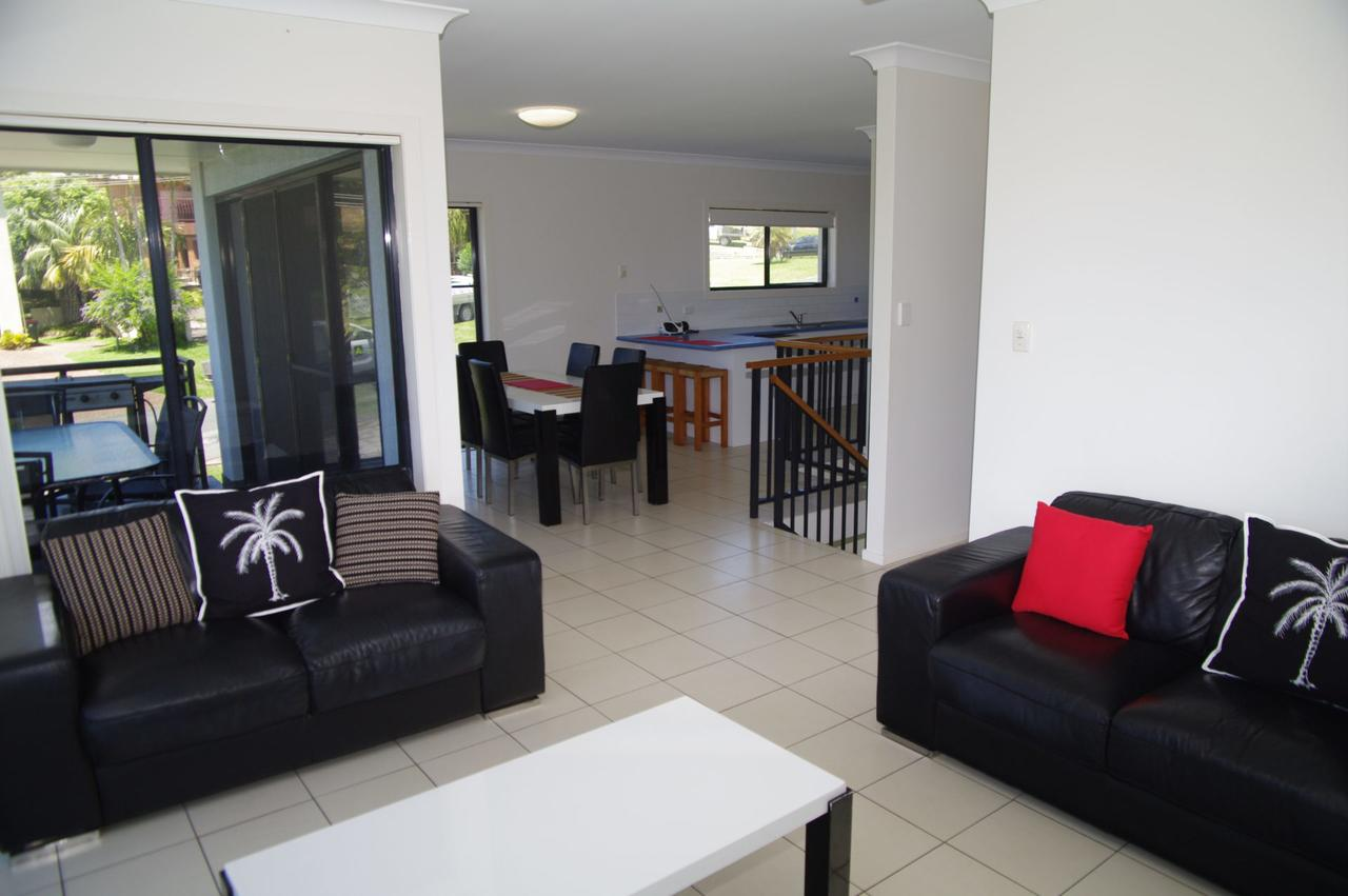 Breakaway 11 Scott Street - Palm Beach Accommodation
