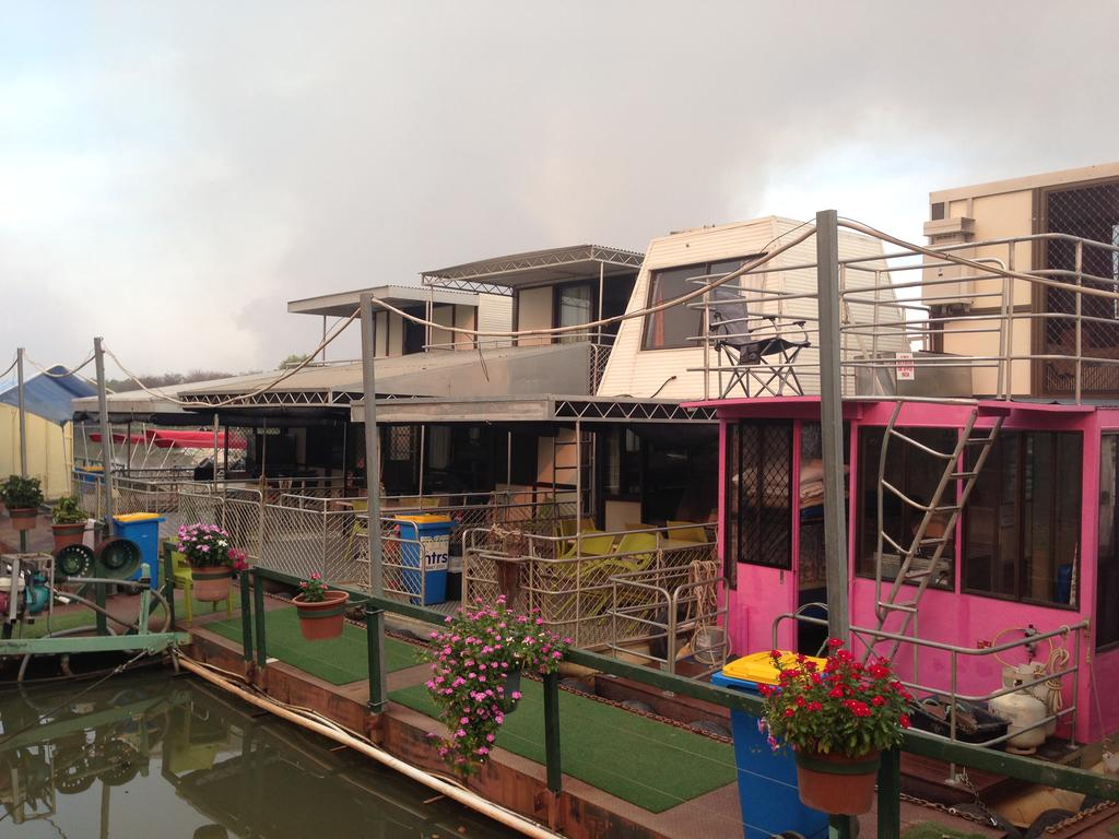 Corroboree Houseboats - Palm Beach Accommodation
