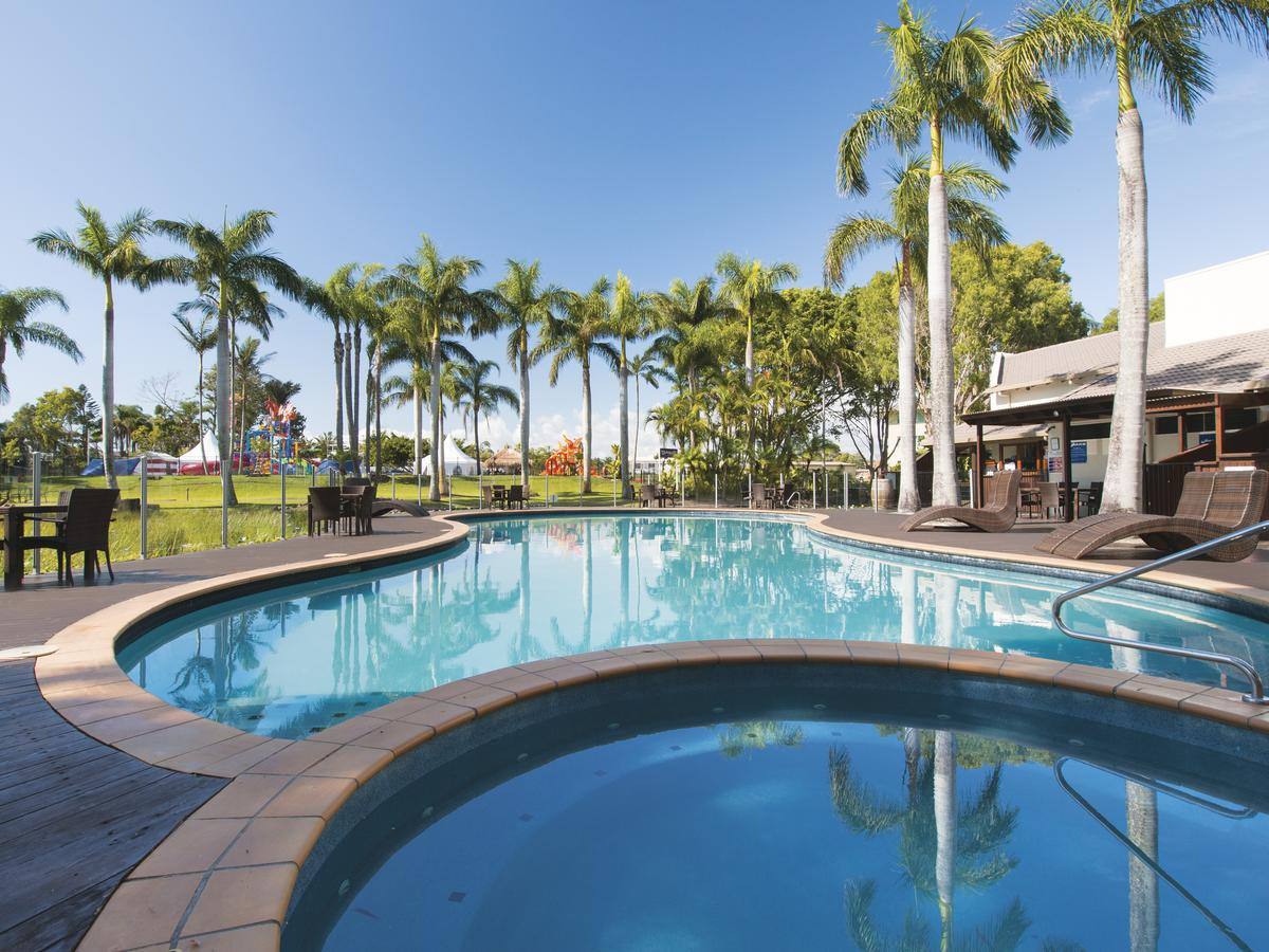Oaks Oasis - Palm Beach Accommodation