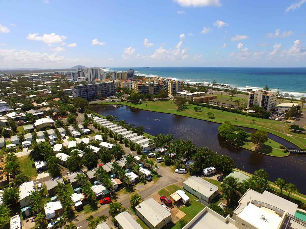 Alex Beach Cabins and Tourist Park - Palm Beach Accommodation