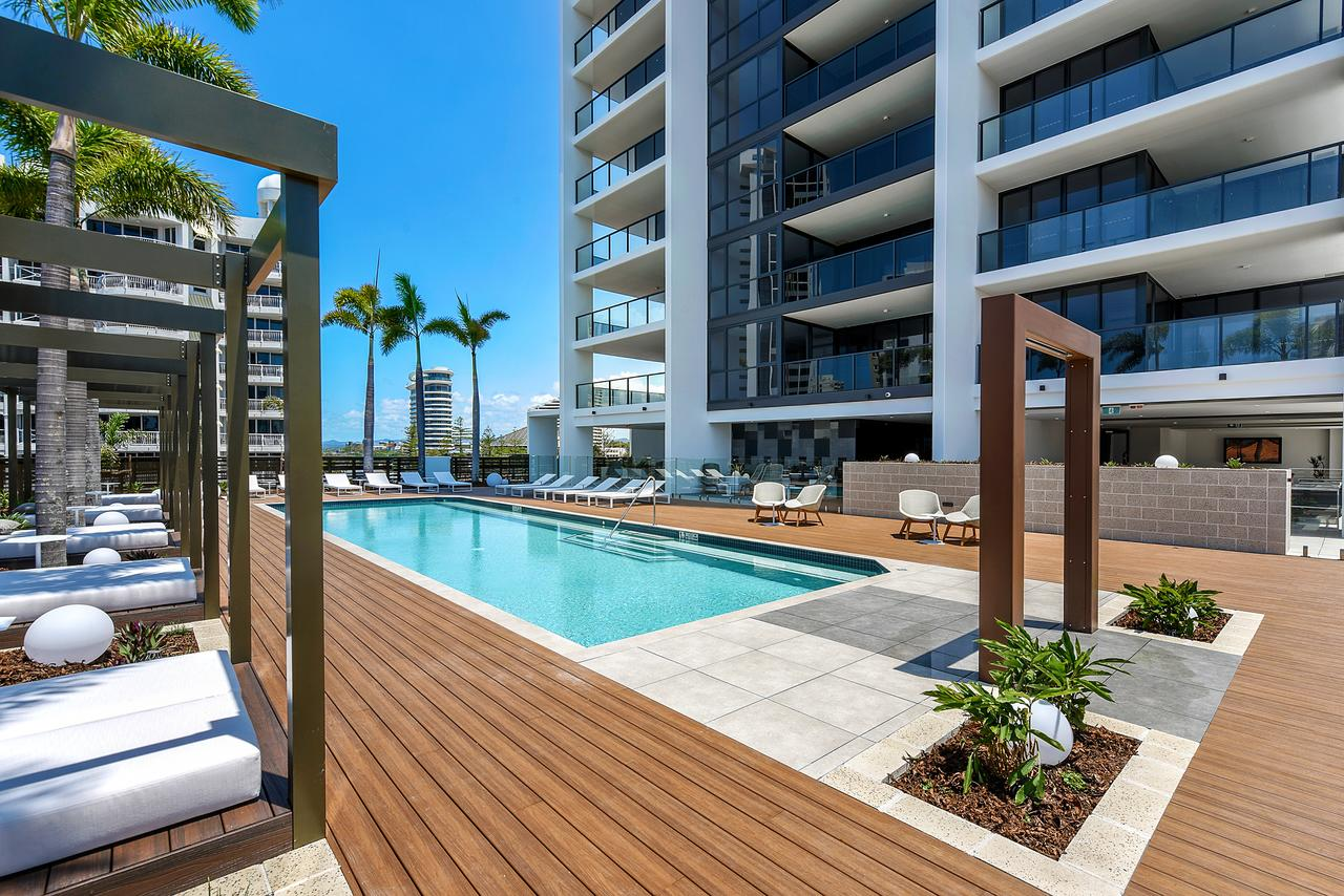 Qube Broadbeach - Palm Beach Accommodation