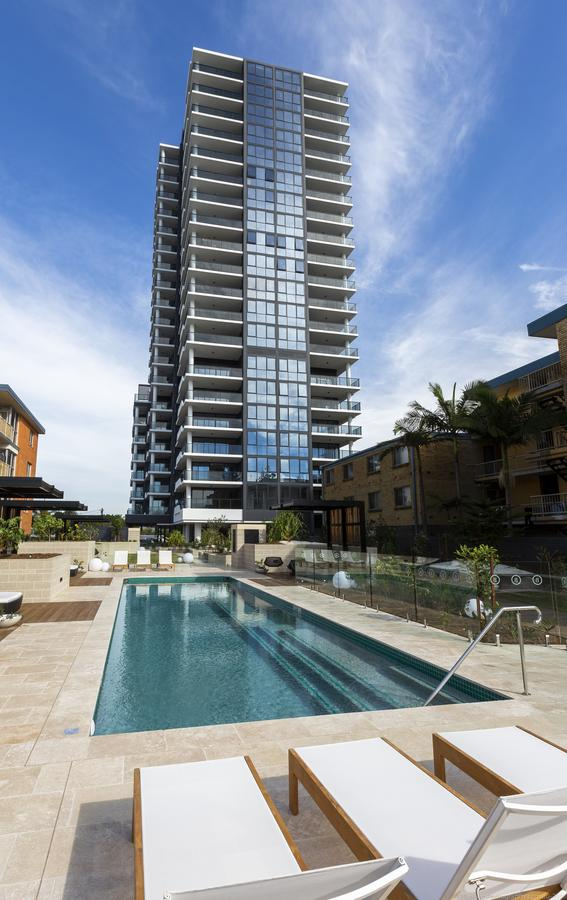Boardwalk Burleigh Beach - Official - Palm Beach Accommodation