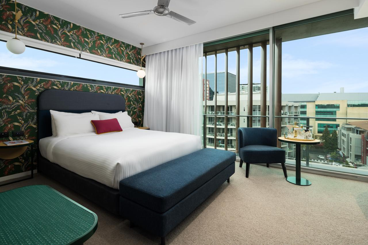 Ovolo The Valley Brisbane - Palm Beach Accommodation