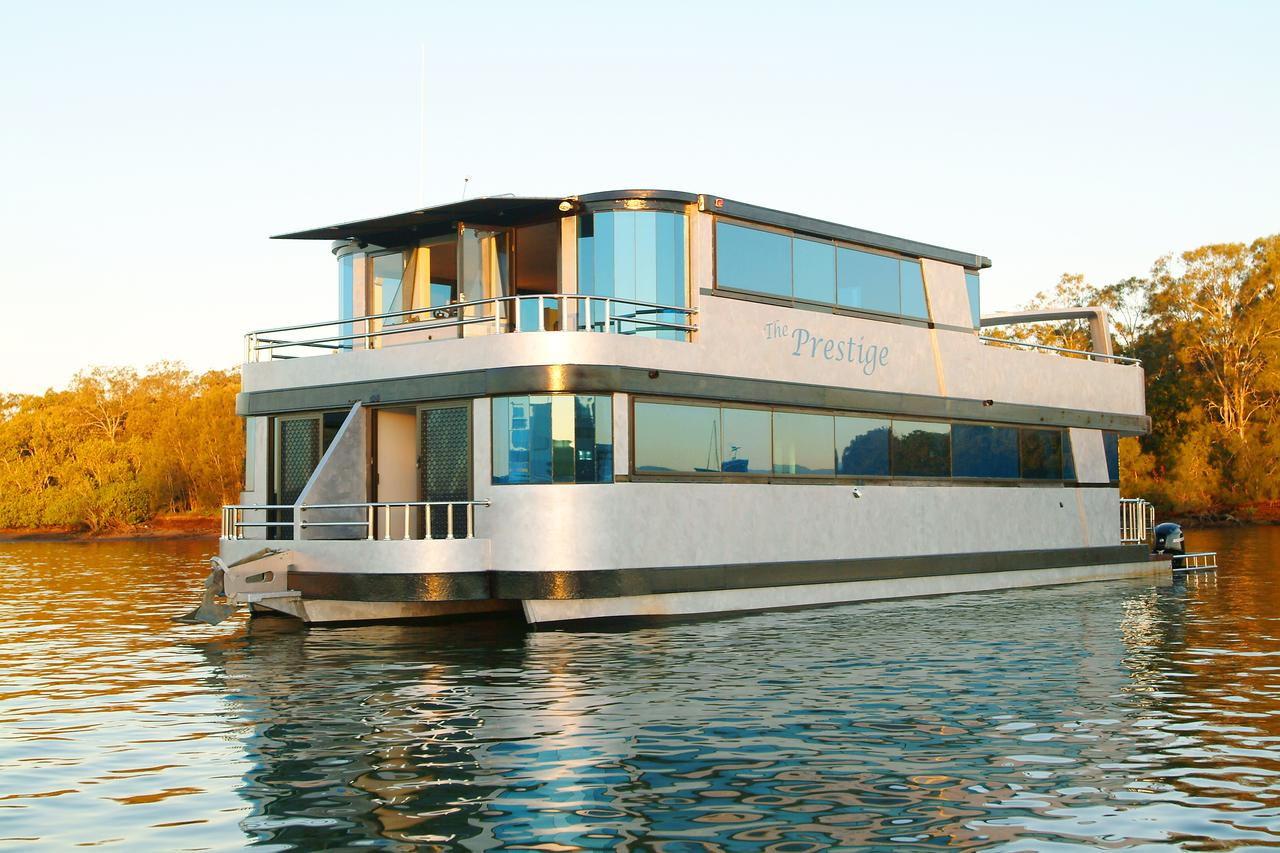 Coomera Houseboats - Palm Beach Accommodation